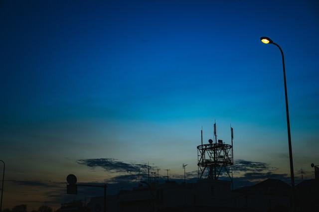 夕暮れの街並み(シルエット)の写真