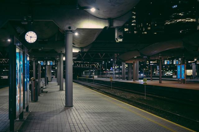 オスロ中央駅のホームの写真