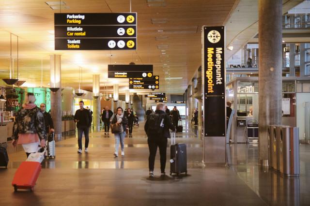 オスロ空港内の写真