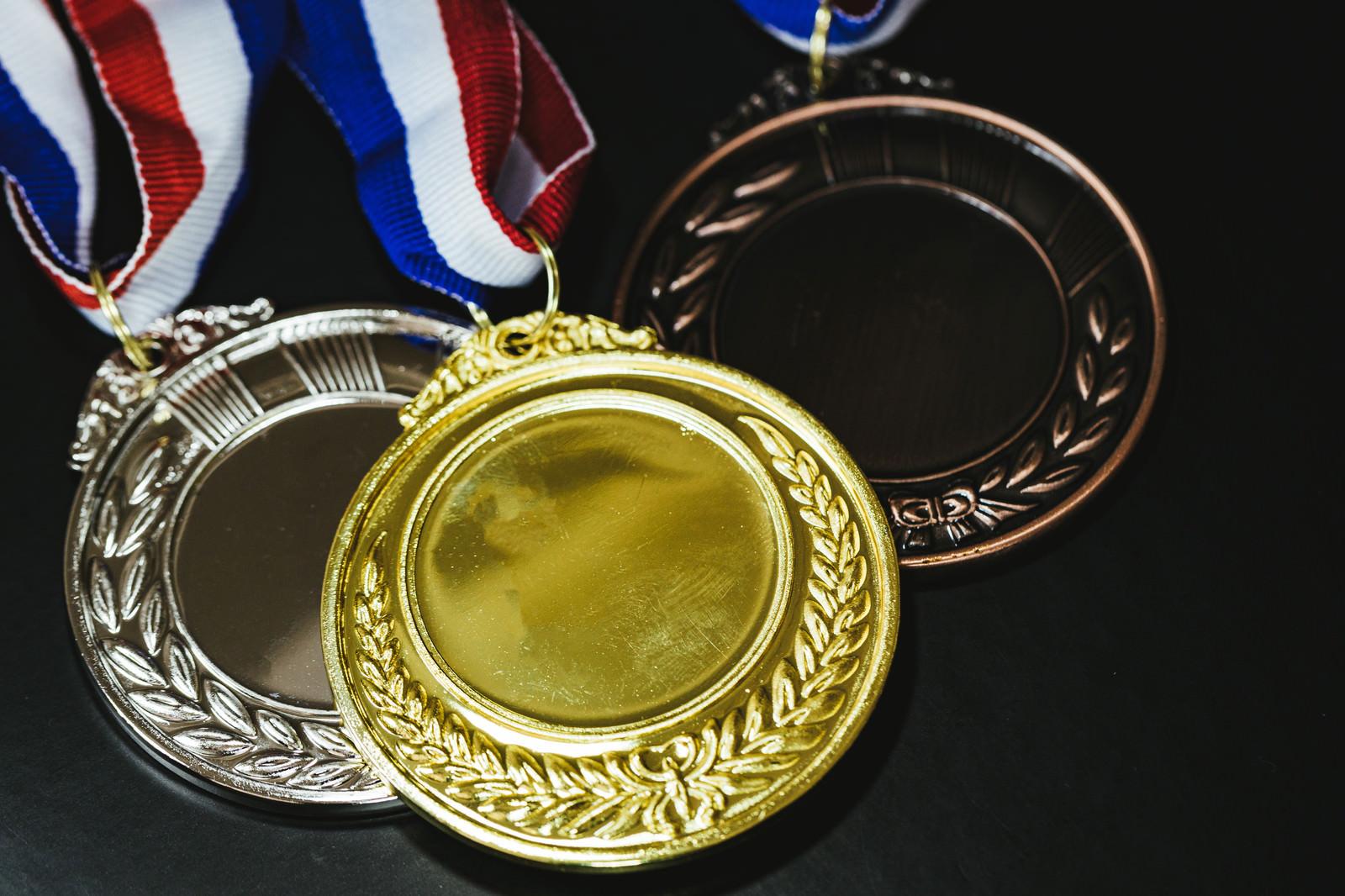 「金メダル・銀メダル・銅メダル」の写真