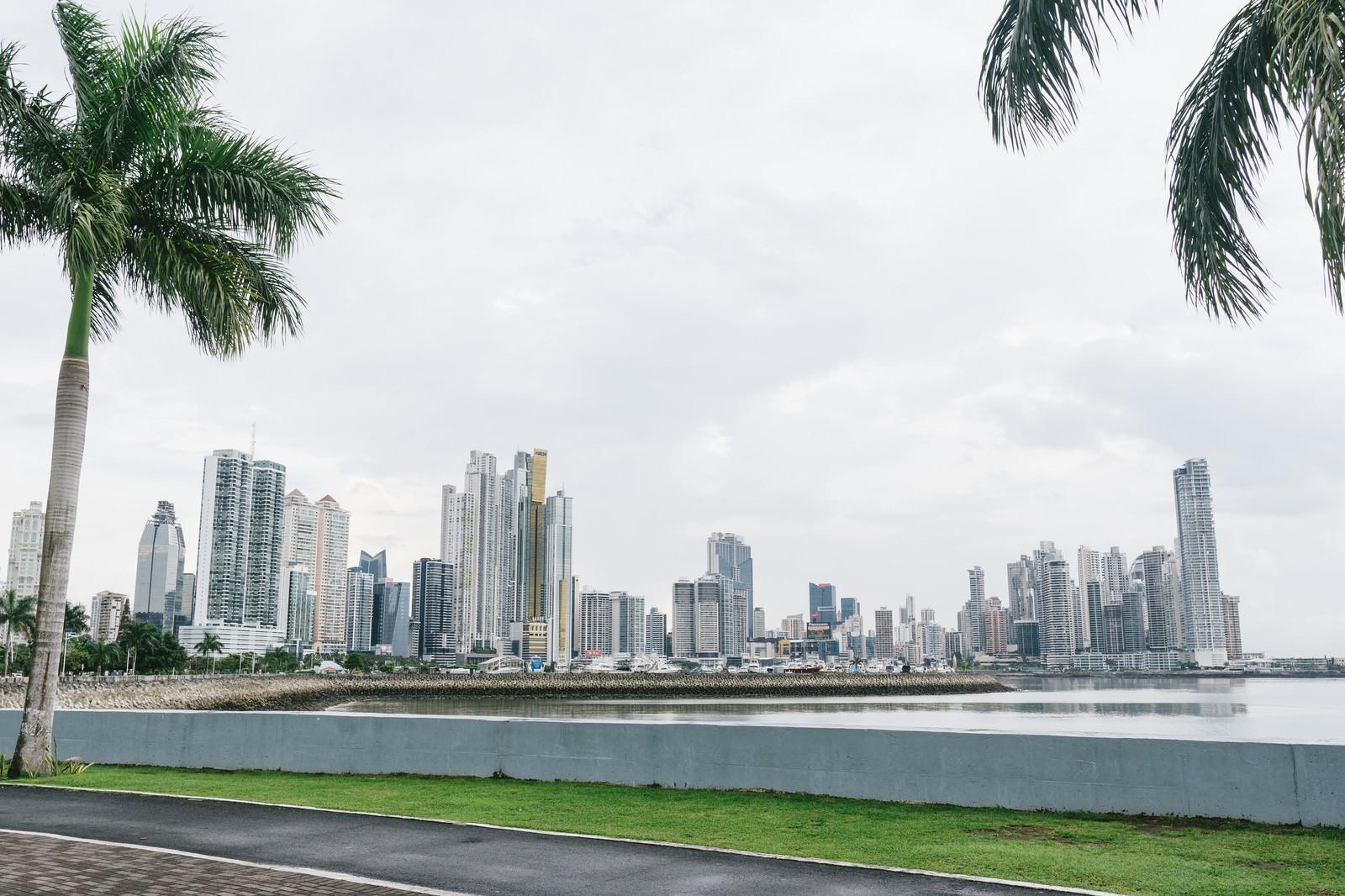 「パナマの海岸と都市」の写真