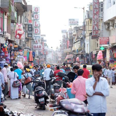 ニューデリー(インド)の商店街の写真
