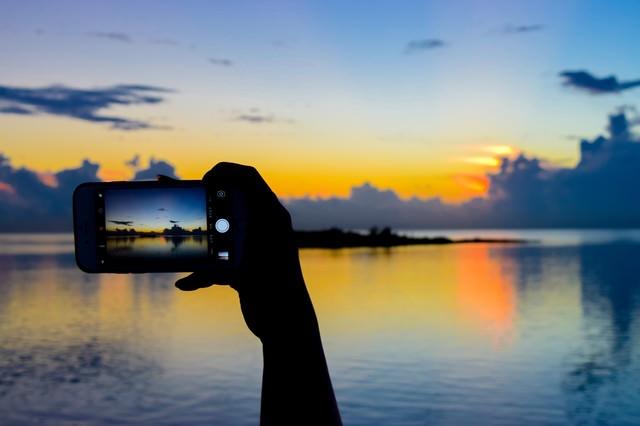 美しい夕暮れ時をスマホで撮影の写真
