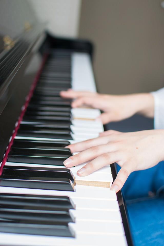 ピアノ演奏の写真