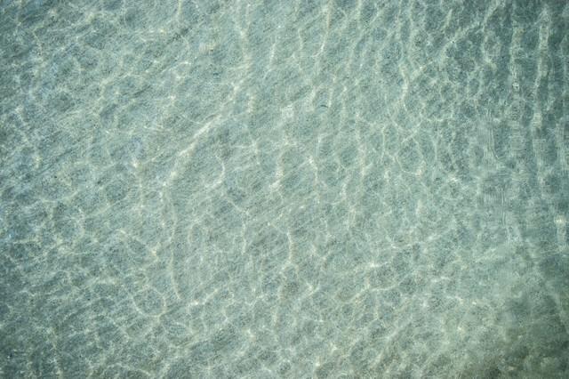 浅瀬の海の写真