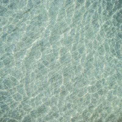「浅瀬の海」の写真素材