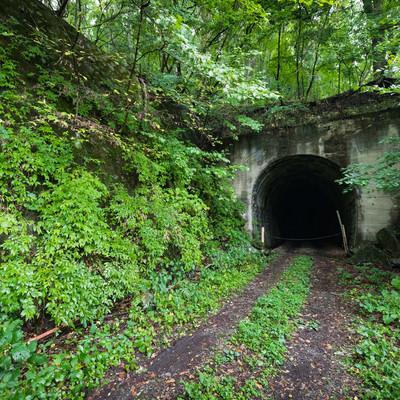 炭鉱に使われていたトンネル跡の写真