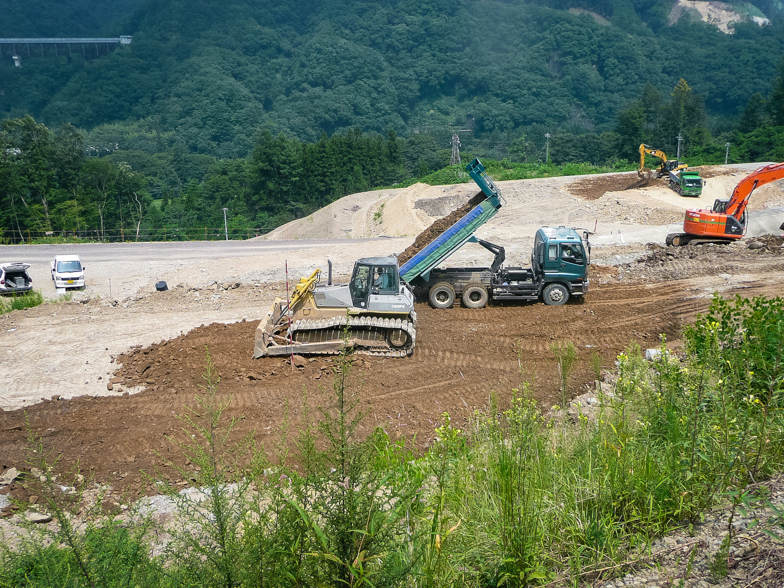 「八ッ場ダムの工事風景」の写真