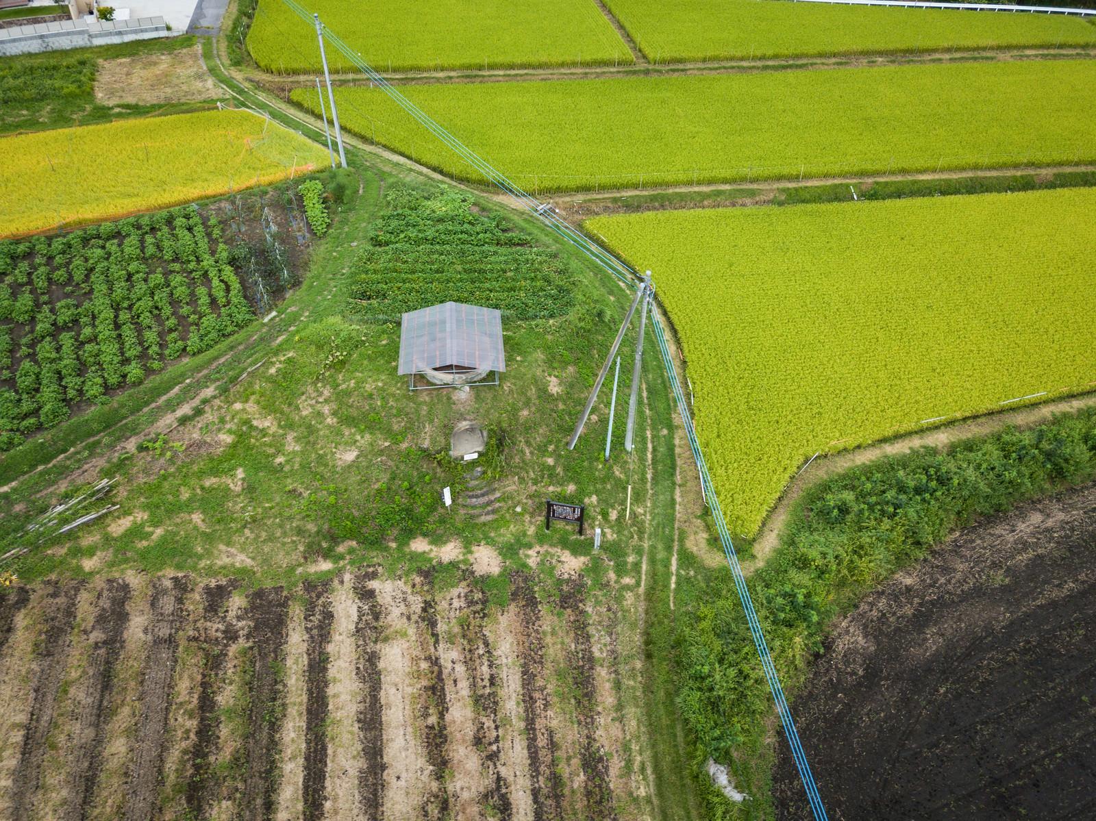「長野原町防空監視哨(上空から)」の写真