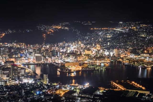 稲佐山山頂展望台からの夜景(世界新三大夜景)の写真