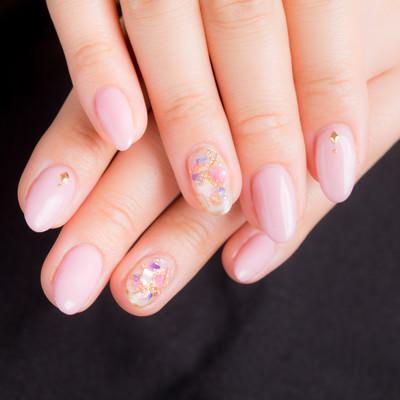 ピンクネイルデザインの写真
