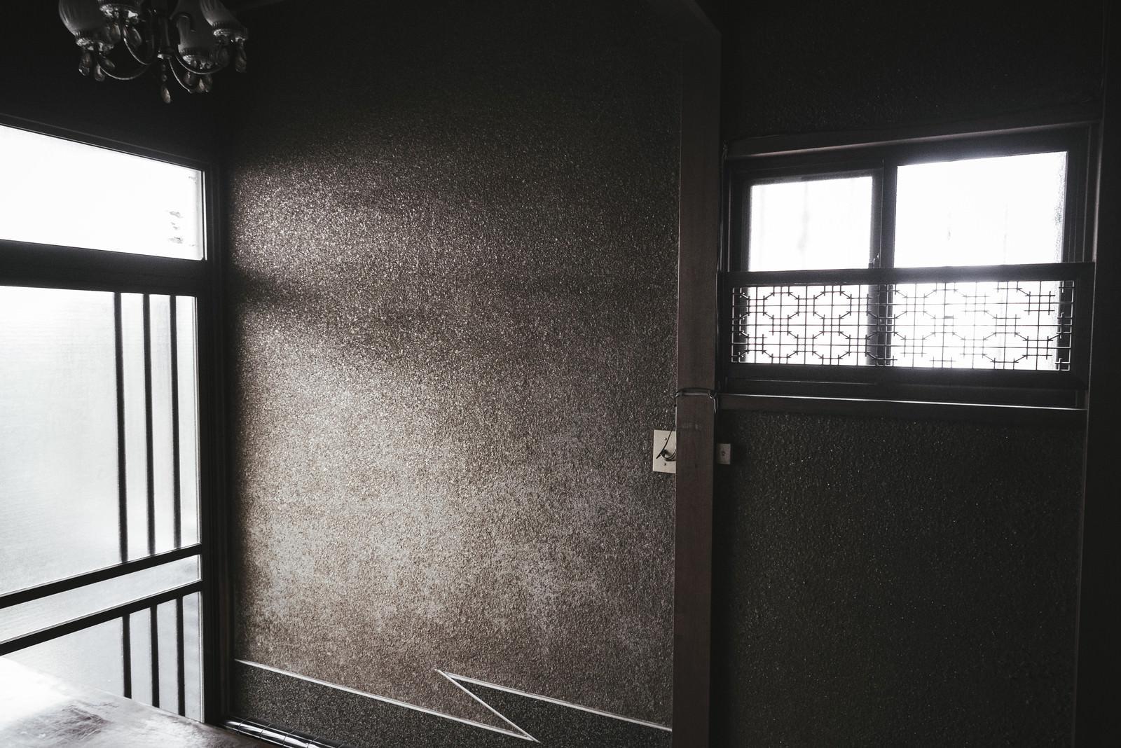 「昭和を感じる玄関」の写真