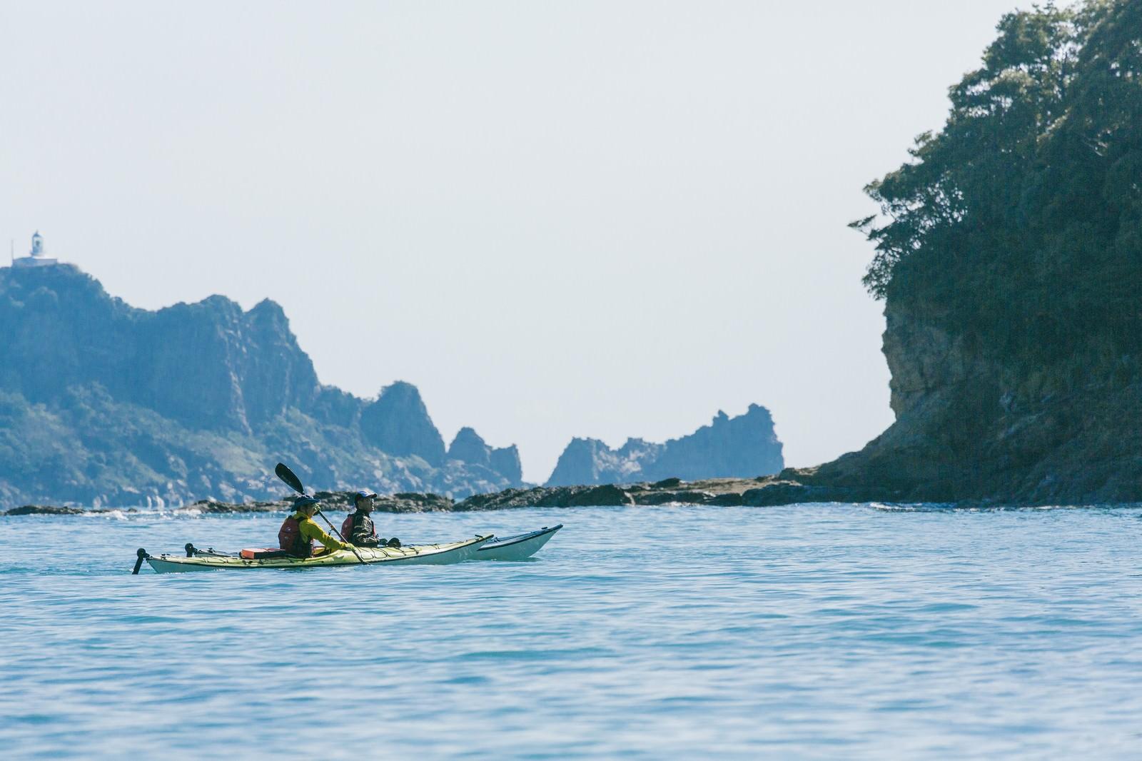 「日南市の栄松ビーチでシーカヤックの水上散歩」の写真