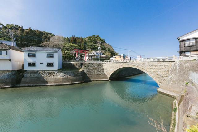 乙姫橋と乙姫神社の写真