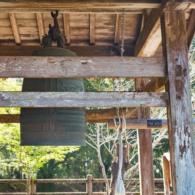 飫肥城内の釣り鐘の写真