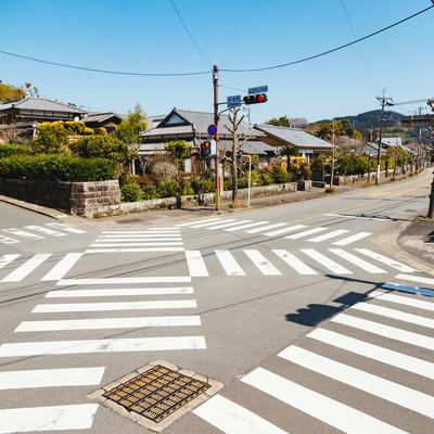 「飫肥城に通じる大手門のスクランブル交差点」の写真素材