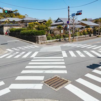 「宮崎県日南市にある大手門のスクランブル交差点」の写真素材