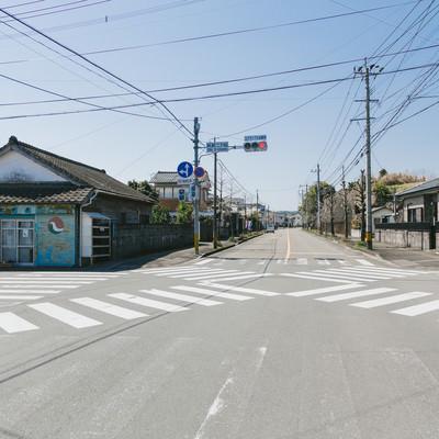 「日本で1番小さいスクランブル交差点(飫肥二丁目)」の写真素材