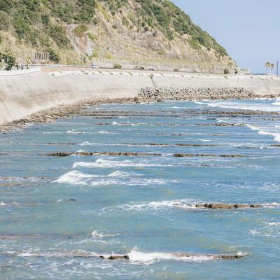 「砂岩と泥岩のミルフィーユ風「鬼の洗濯岩」」の写真素材