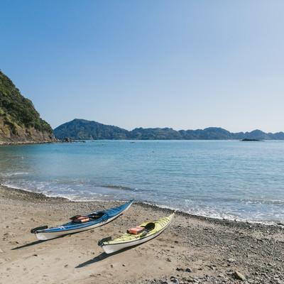 「栄松ビーチでシーカヤックの準備OK」の写真素材