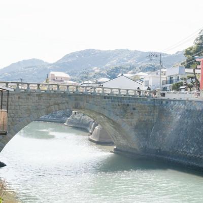 「堀川橋と乙姫神社の鳥居」の写真素材
