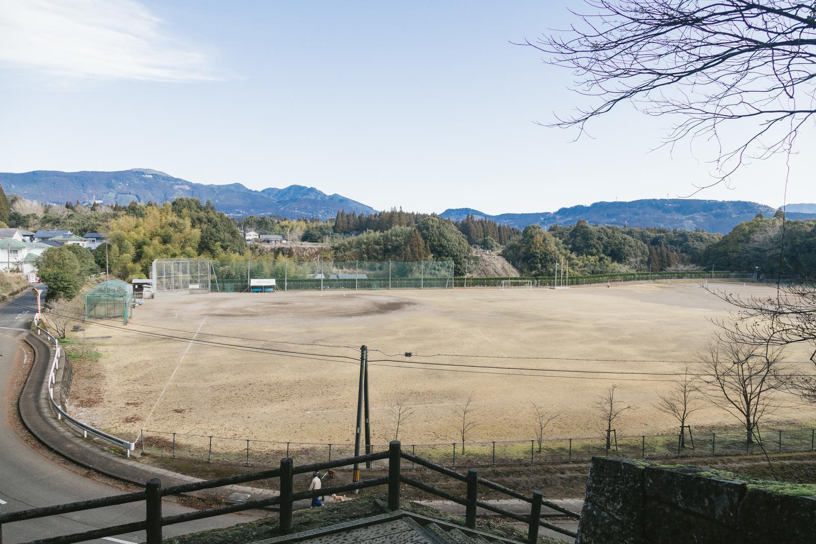 「飫肥中学校の校庭」の写真