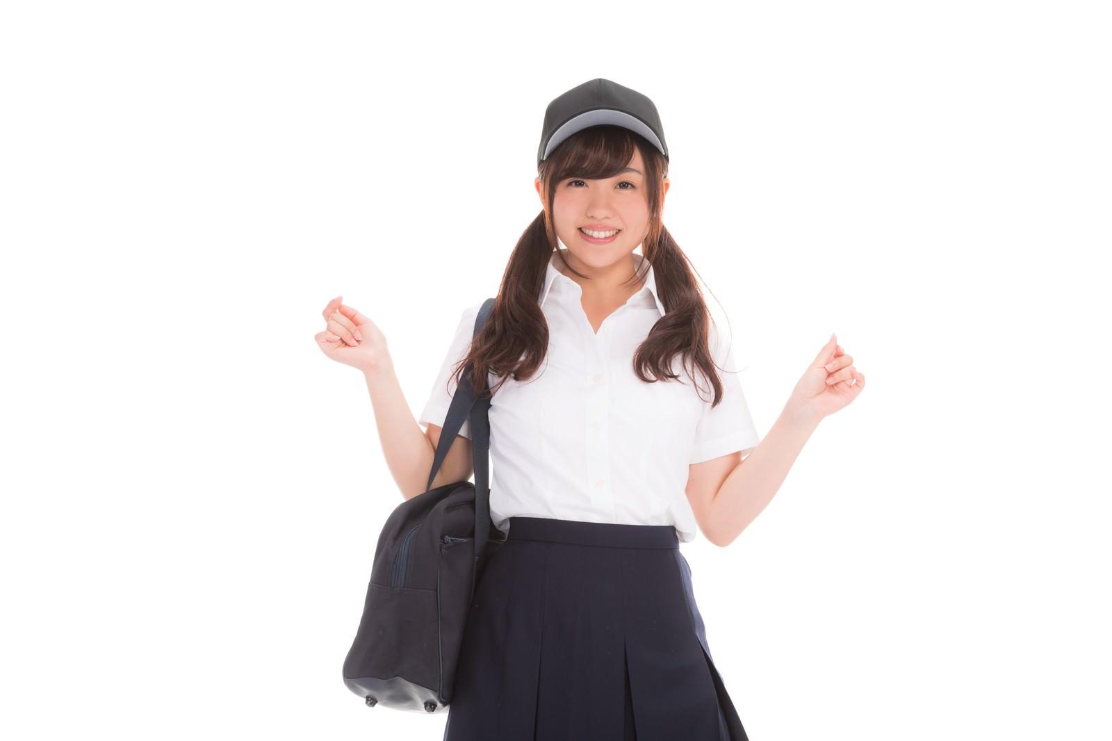 「野球帽をかぶった女子高生」の写真[モデル:河村友歌]