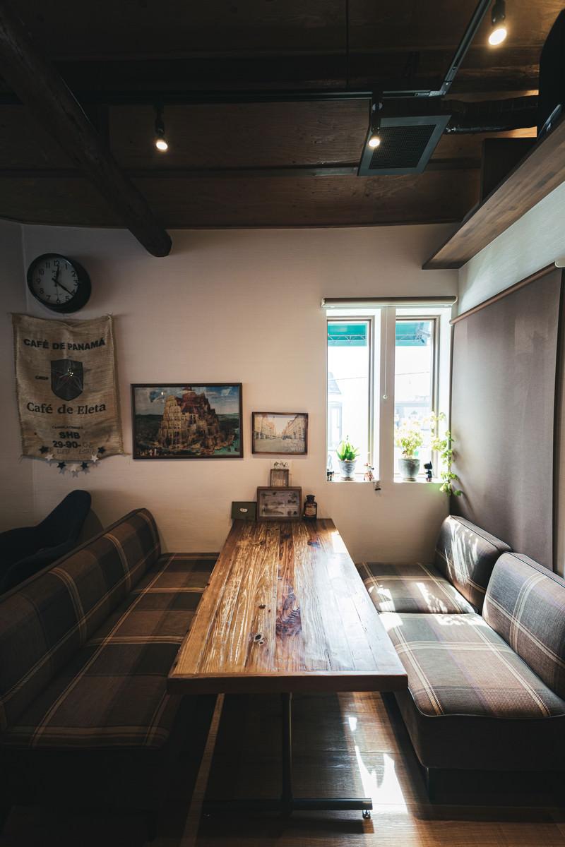 「リラックスしたひと時を過ごせるカフェ」の写真