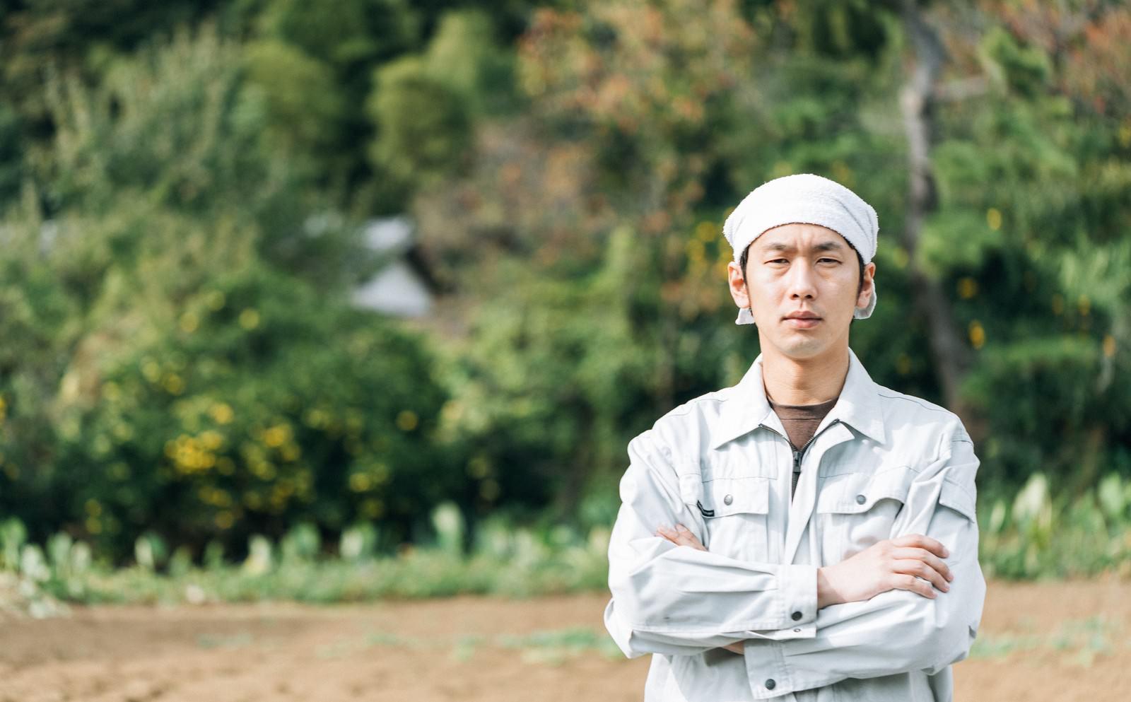 「脱サラして農家はじめました」の写真[モデル:大川竜弥]