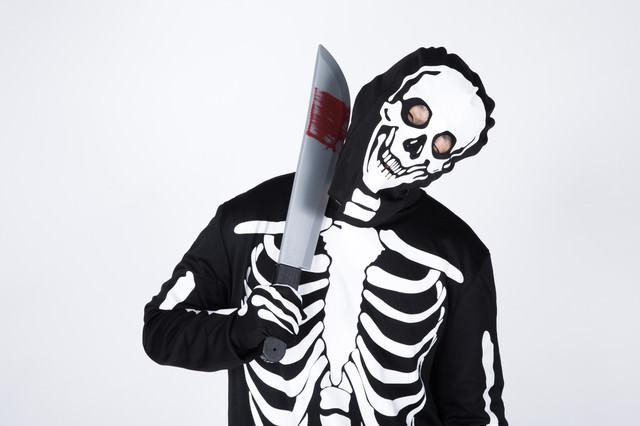 セルフ斬首(スカルコスプレ)の写真