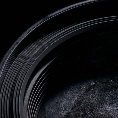 標準ズームレンズの水没した前玉の写真
