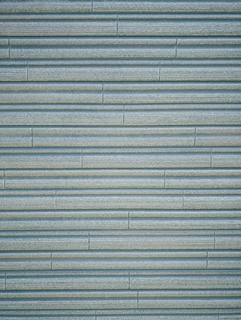 「横に細かい線模様の入ったタイル(テクスチャ)」の写真