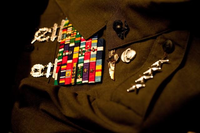 軍服と階級章の写真