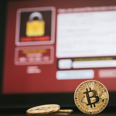 「ランサムウェアでBitcoinを要求」の写真素材