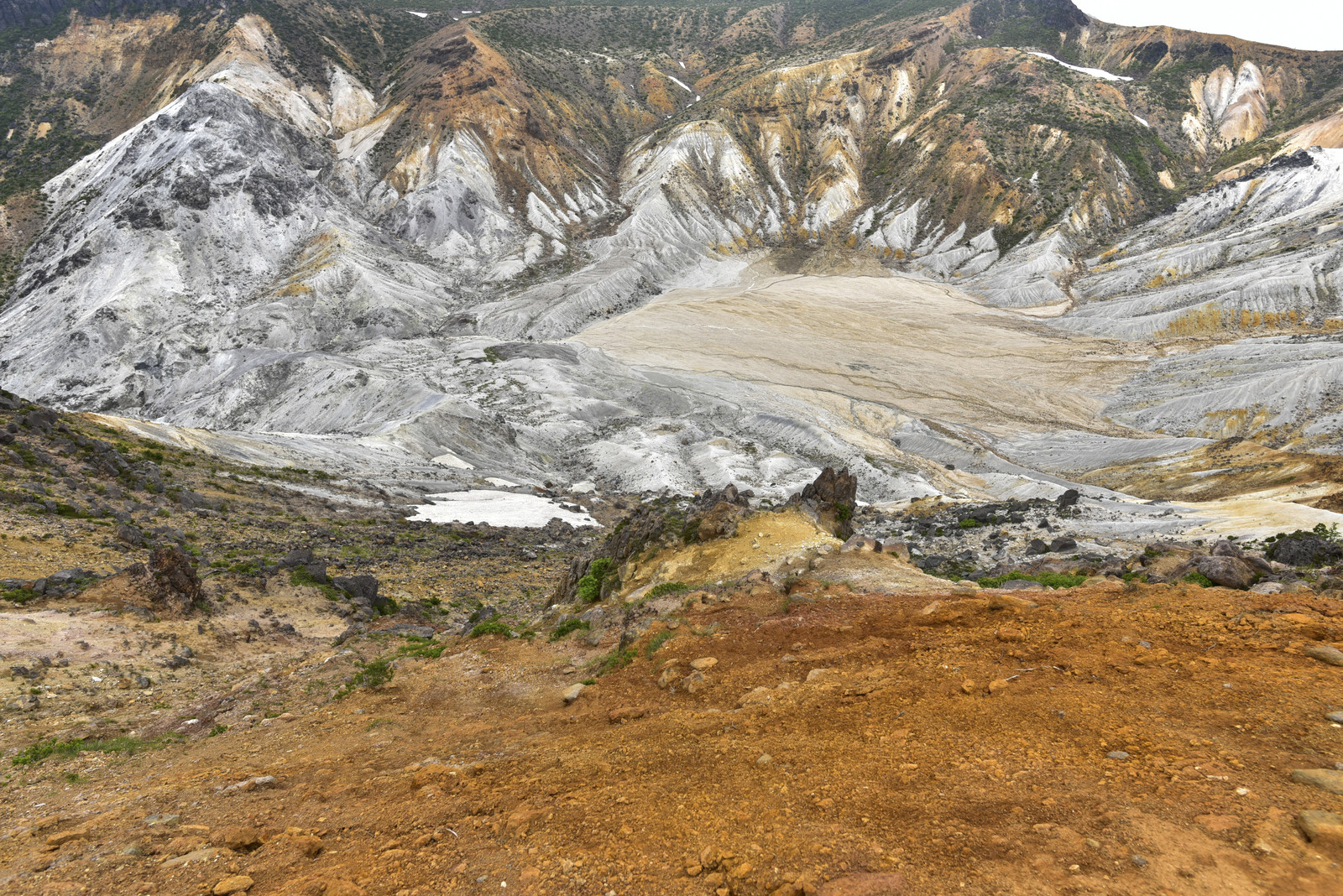 「安達太良山沼ノ平方面」の写真