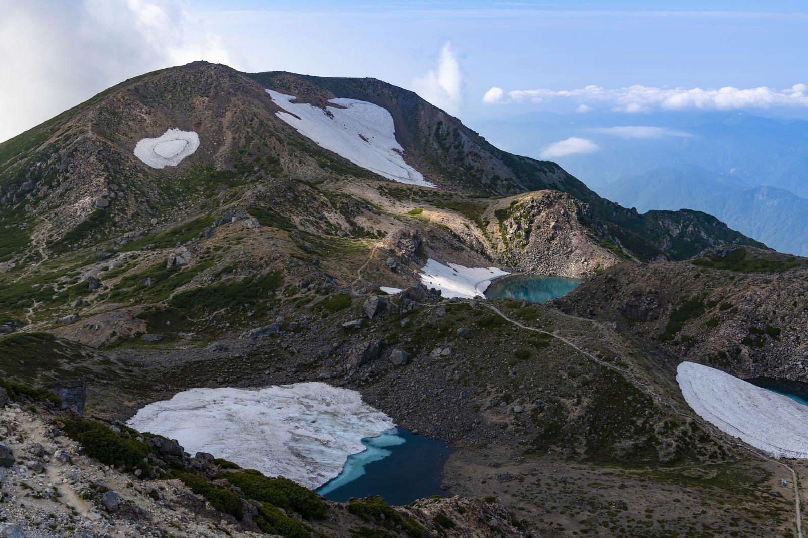 「御前峰からみる大汝峰方面(白山)」の写真