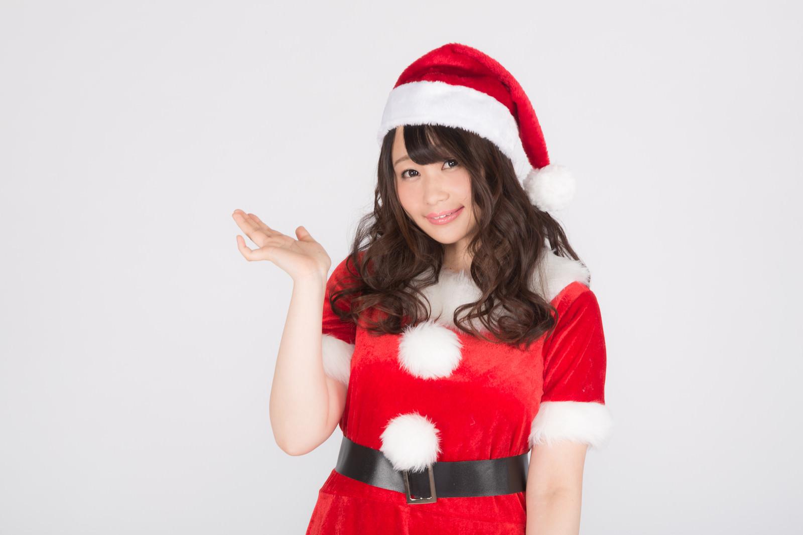 「こちらがクリスマス会場です!」の写真[モデル:茜さや]