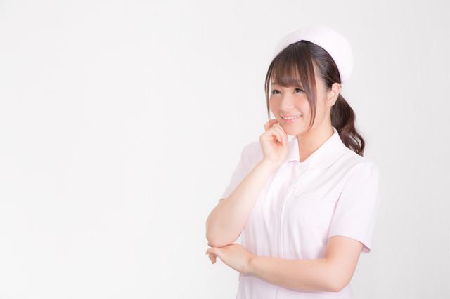 微笑む白衣の天使の写真