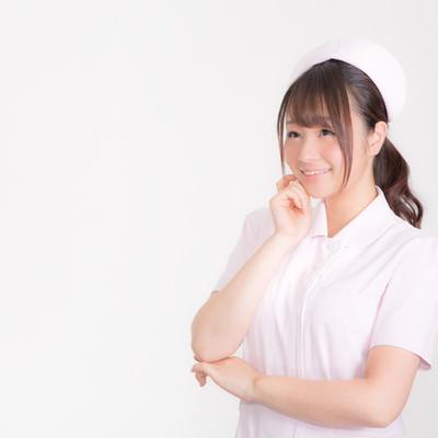 「微笑む白衣の天使」の写真素材