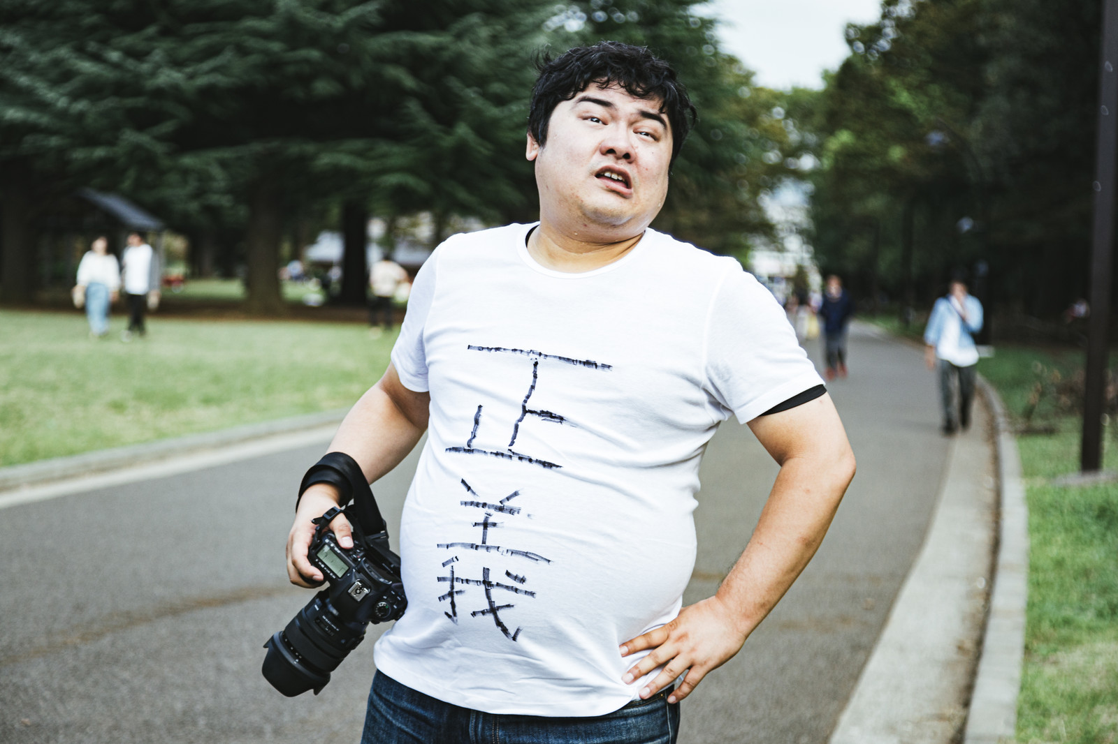 「大三元レンズ持ってないやつ帰っていいよ」の写真[モデル:段田隼人]