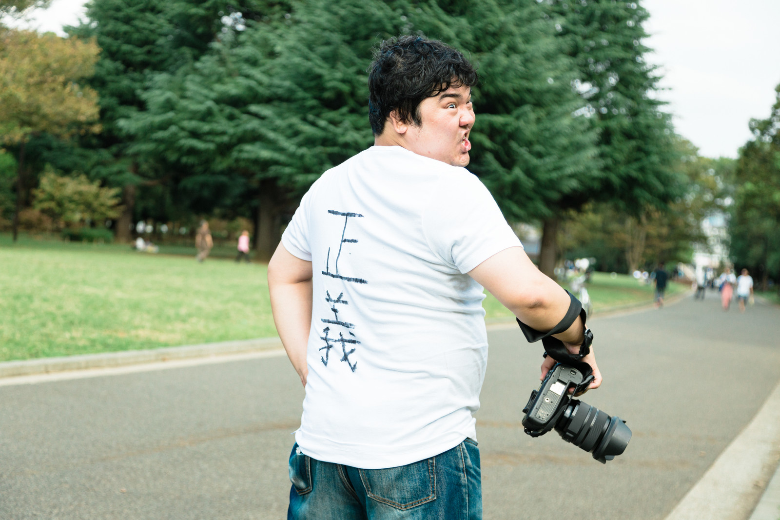 「指摘したら逆ギレしてきカメラマン」の写真[モデル:段田隼人]