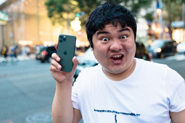 「え?!お前のカメラトリプルレンズじゃないの?!」の写真
