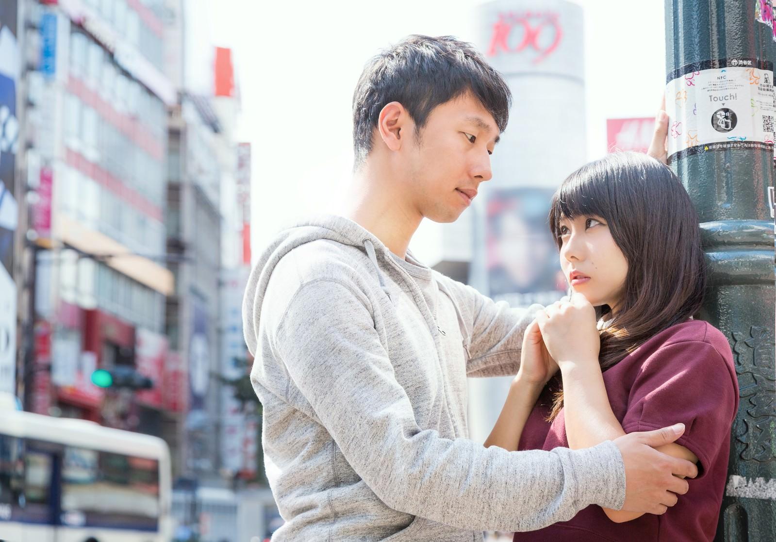 「「キミとボクの交差点。恋はスクランブルさ」とドヤる渋谷系」の写真[モデル:大川竜弥 Lala]