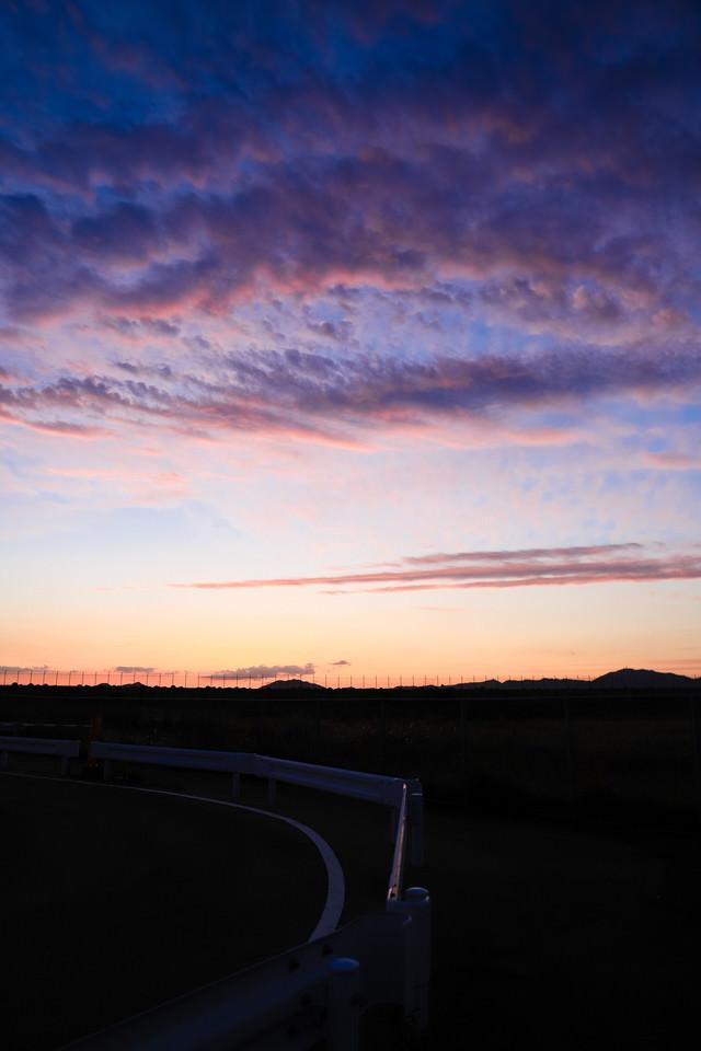 トワイライトの時と焼けた空の写真