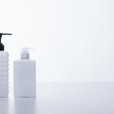 「詰め替えボトル(シャンプー・ボディソープ)」の写真素材