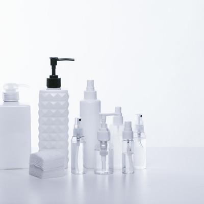 「化粧水の詰替えボトル」の写真素材