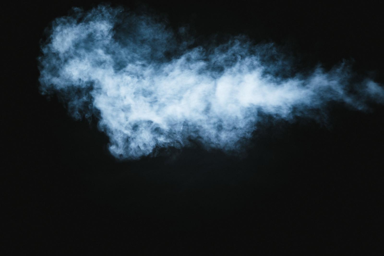 「もくもくする煙」の写真