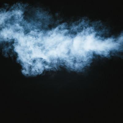 もくもくする煙の写真