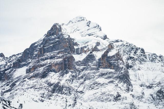 雪が積もるフィルスト(スイス)の写真