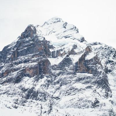 「雪が積もるフィルスト(スイス)」の写真素材